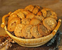 BASKET 5 - $150.00 - COOKIES FOR 25-30